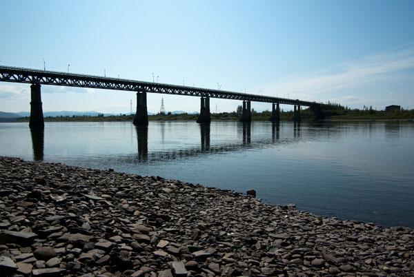 Мост через реку Колыма