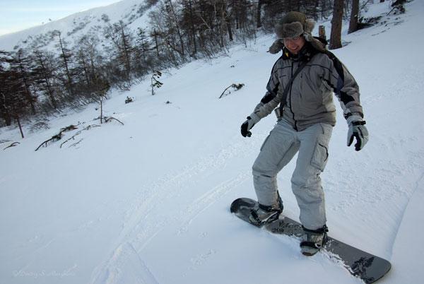 Суровый сноубордист =)